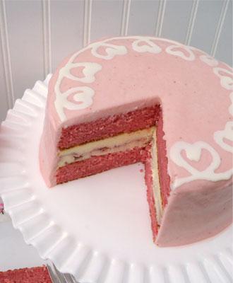Strawberry Swirl Cheesecake Cake